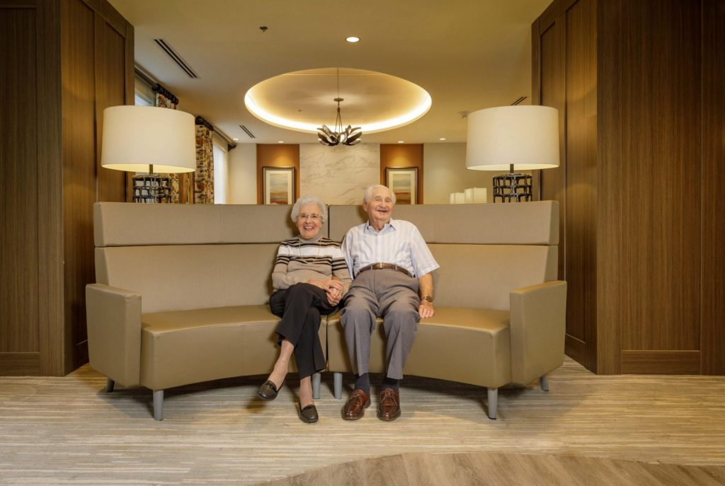 Residents Couple at Charles E Smith Life Communities
